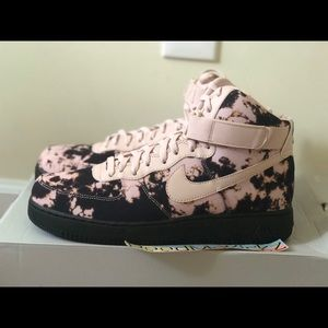 Acid Wash Print Covers The Nike Air Force 1 High In Two